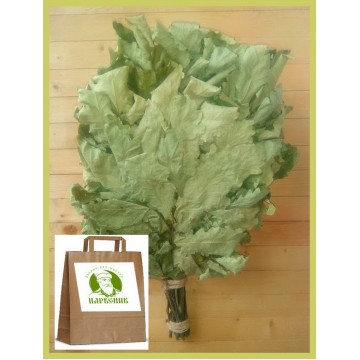 Веник дубовый отборный кавказский 2020 года в упаковке,  от 1 до 10 штук, цена от 235 до 210 рублей.